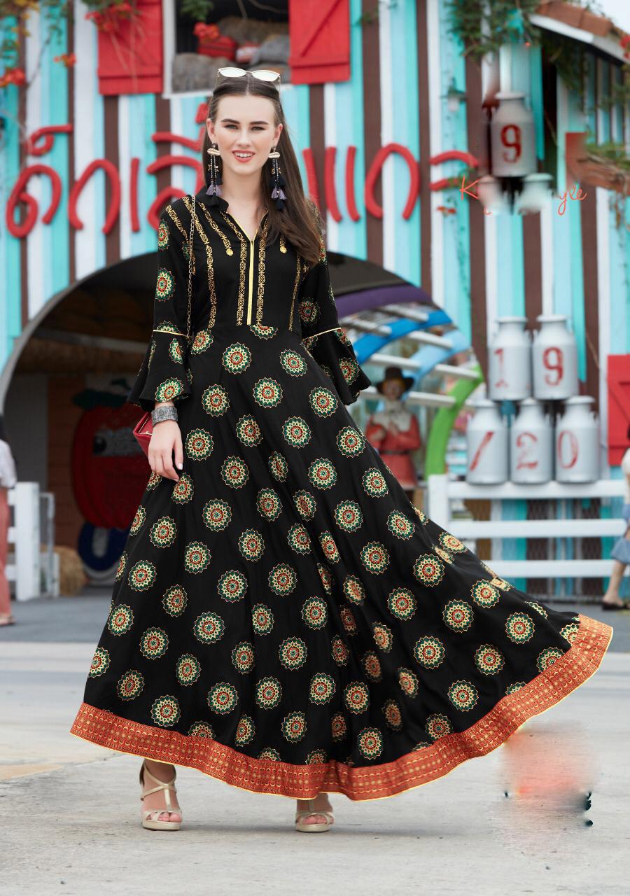 New Fashion Stylish Summer Wear for Women Long Kurta in Polka Dot