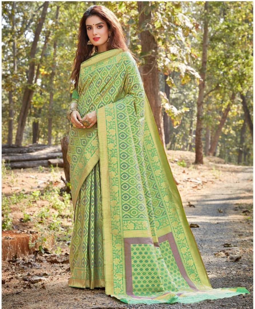 Party Wear Sarees Low Price in Banarasi Silk Green Saree