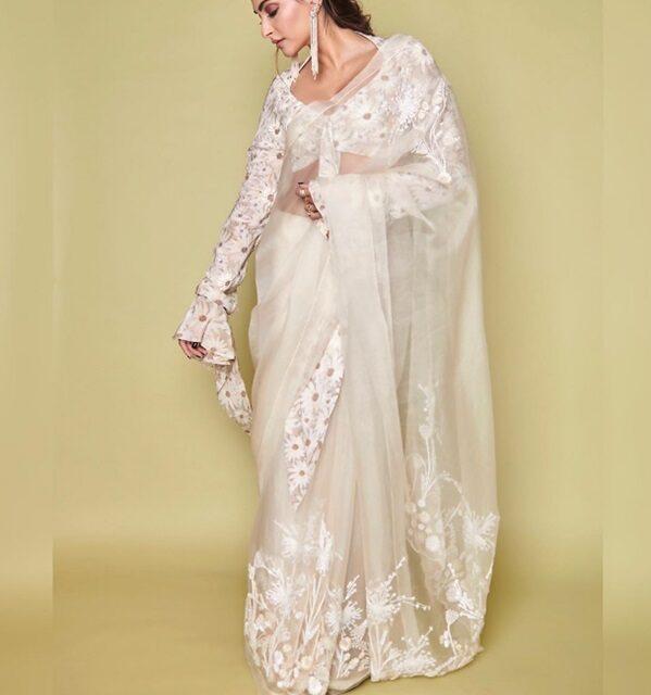 https://www.shahifits.in/wp-content/uploads/2020/04/Wedding-Wear-Chiffon-Saree-e1586924750517.jpg