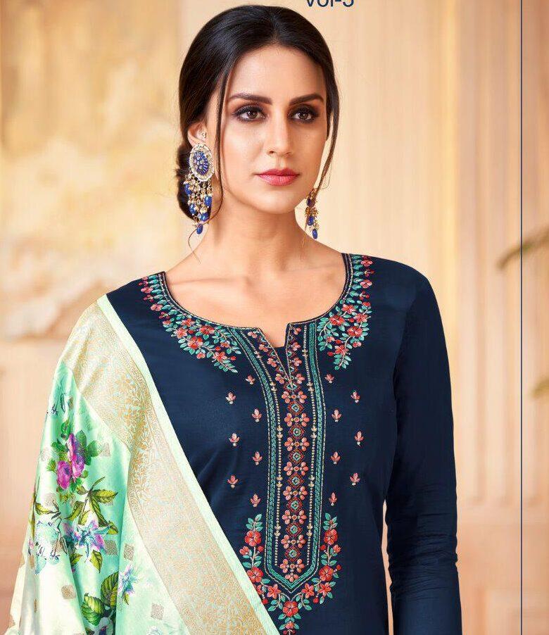 New designer Straight Suit With Heavy Dupatta