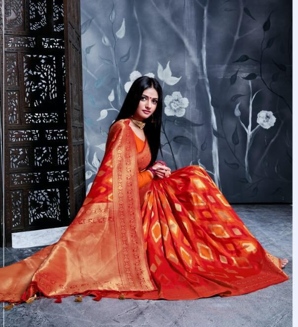 Digital Print New Fancy Desigenr Red Patola Saree