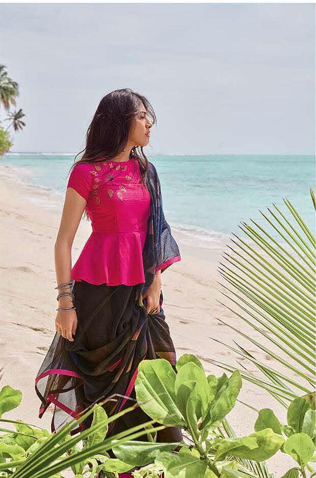 Latest Designer Saree with Blouse