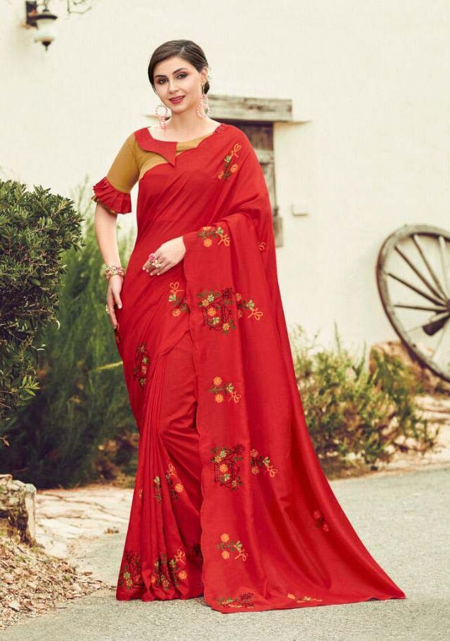 New Designer Saree With Contrast Blouse.