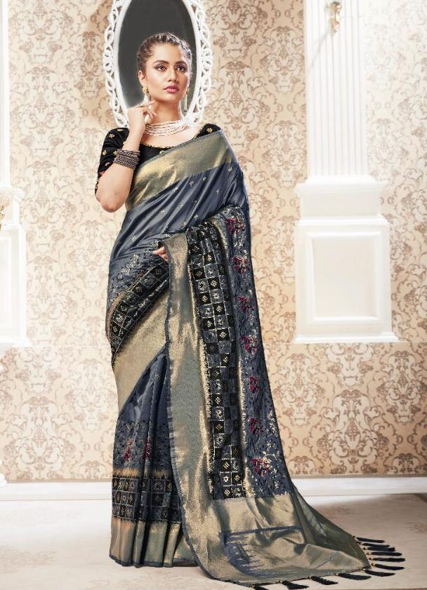 New Trend Designer Silk Saree For Wedding