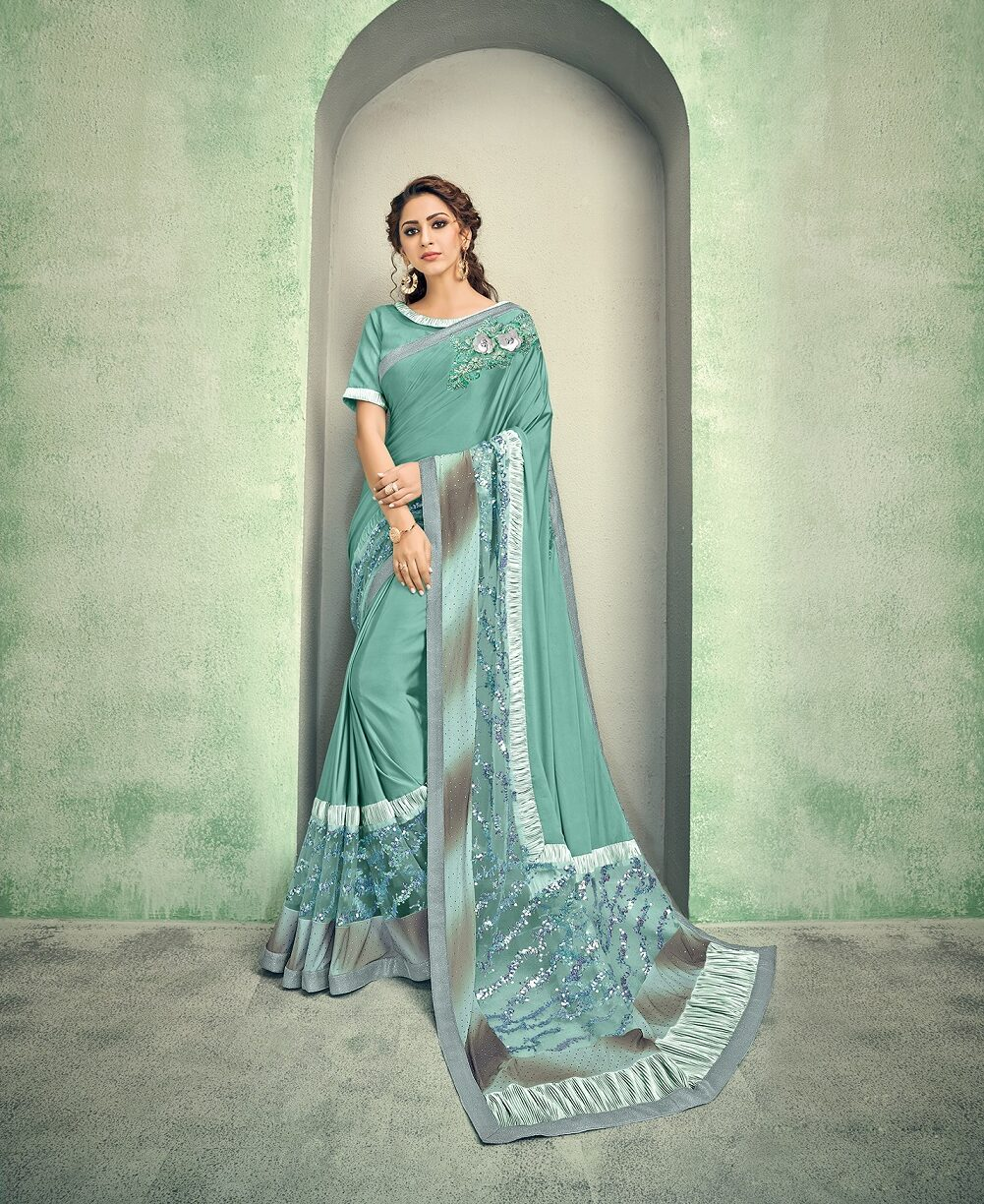 New Best Georgette Resham handwork saree with contrast blouse.
