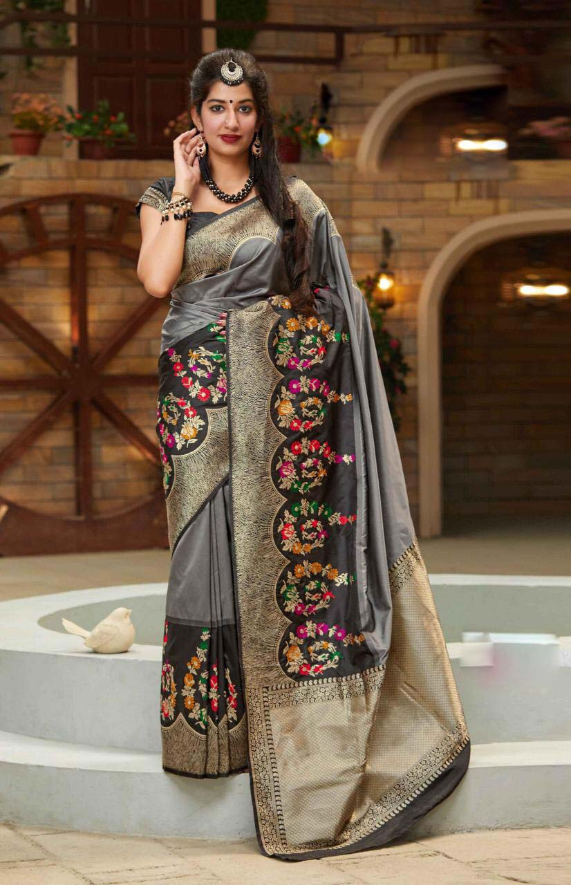 New look trendy fashion gray color silk saree with contrast blouse.