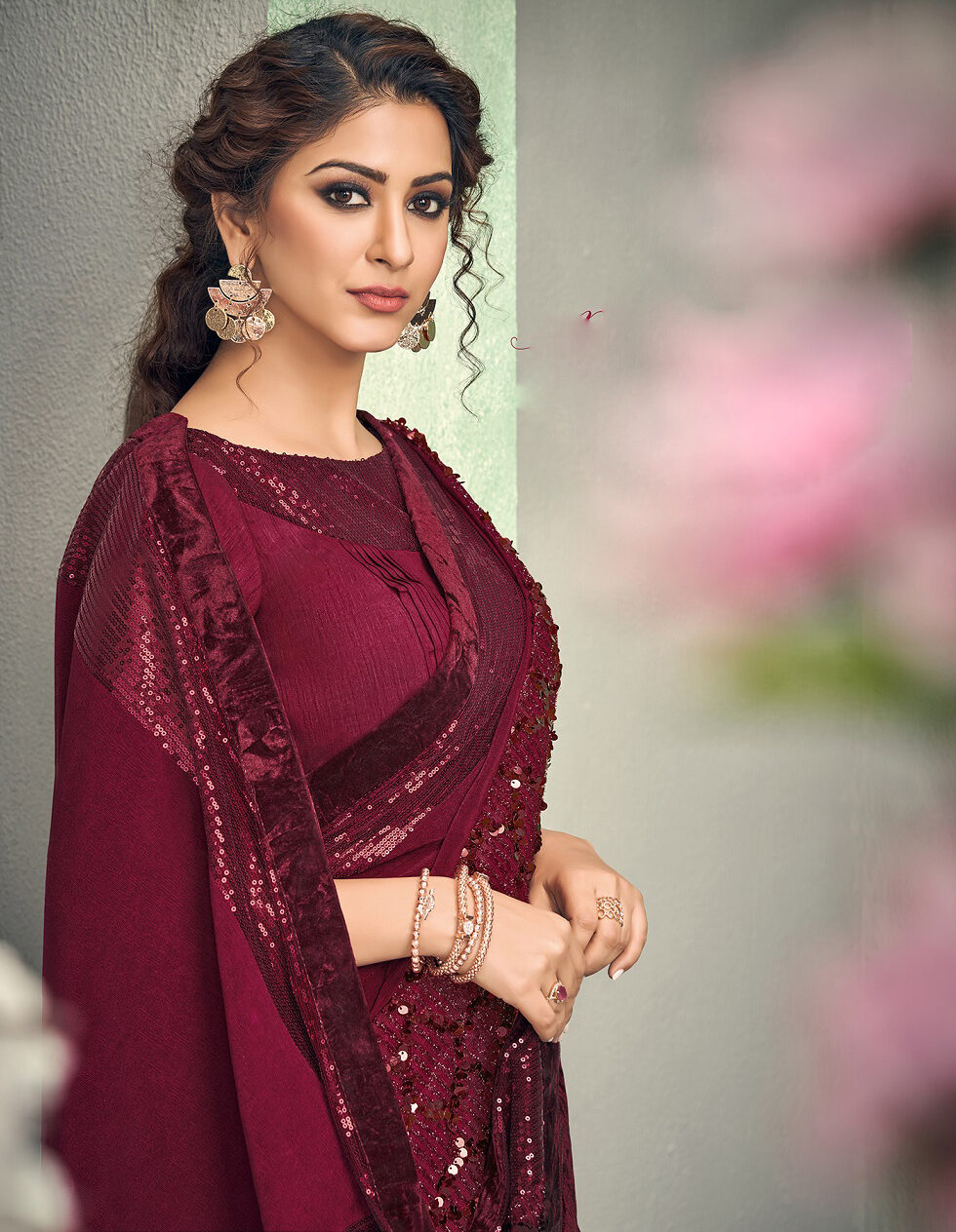 New trend designer red color wedding saree with the contrast blouse