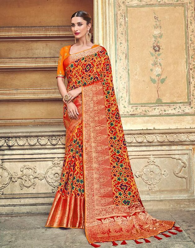 Latest Designer Sarees for Wedding in Red Silk with Designer Blouse