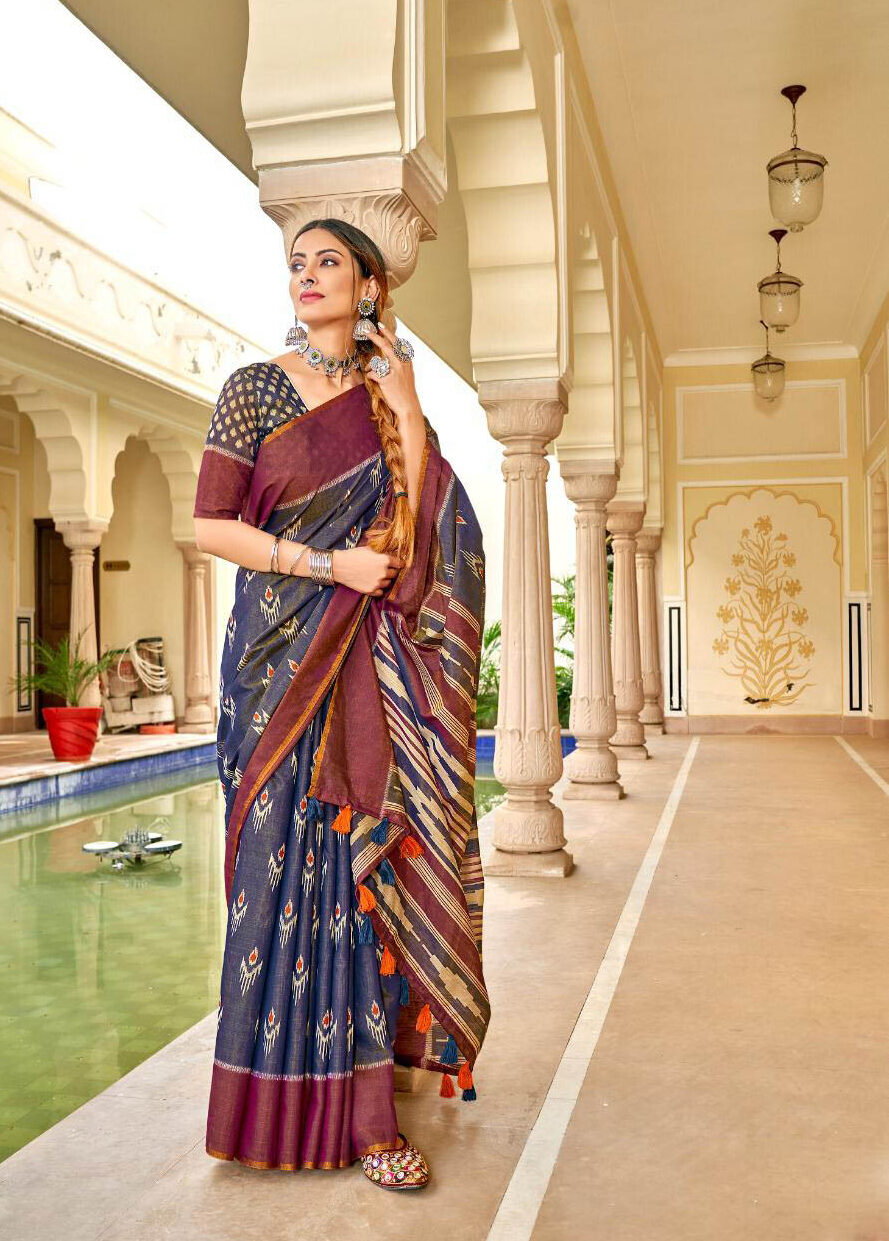 New Trend Deisgner Blue Color Designer Blouse With Plain Saree.