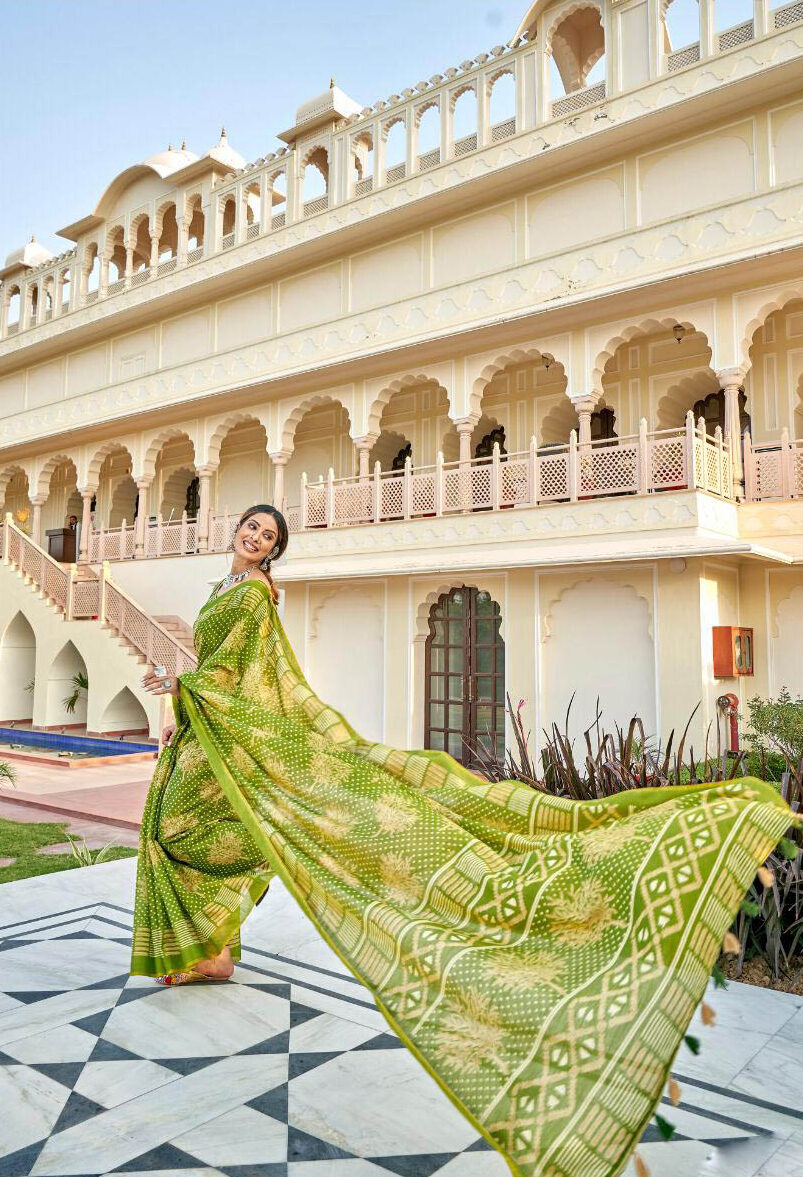 New Trend Designer Green Color With Plain Saree With Online Cost.