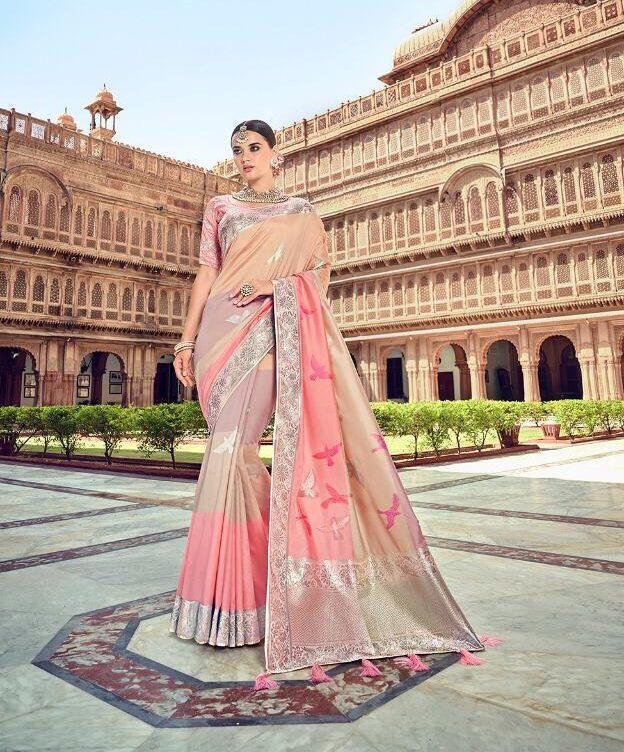 Zari Pallu with Designer Pink Bridal Silk Saree Contrast Blouse