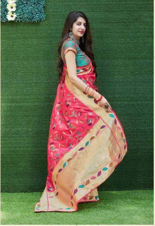 Magenta Silk Saree Contrast Blouse