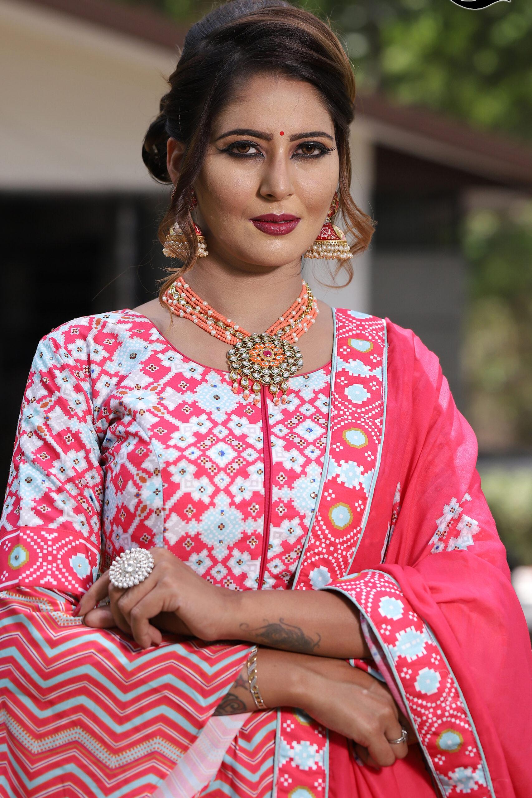 Simple Lehenga Blouse Designs Pink Colour
