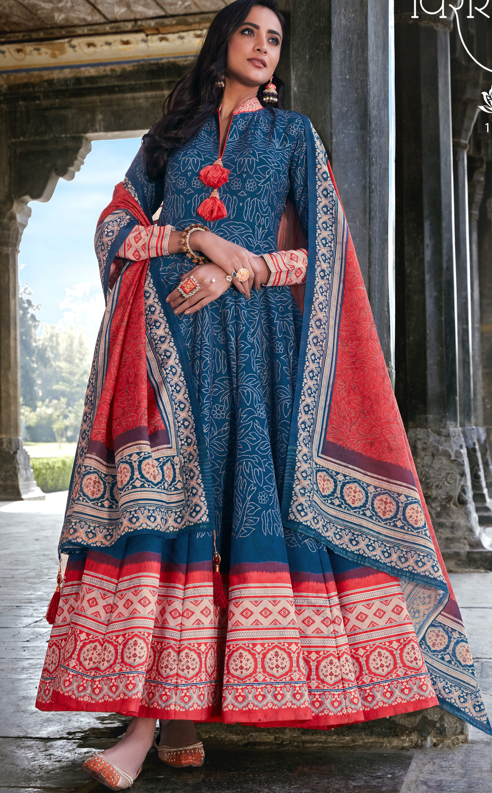 Long Gown Design Images Indian