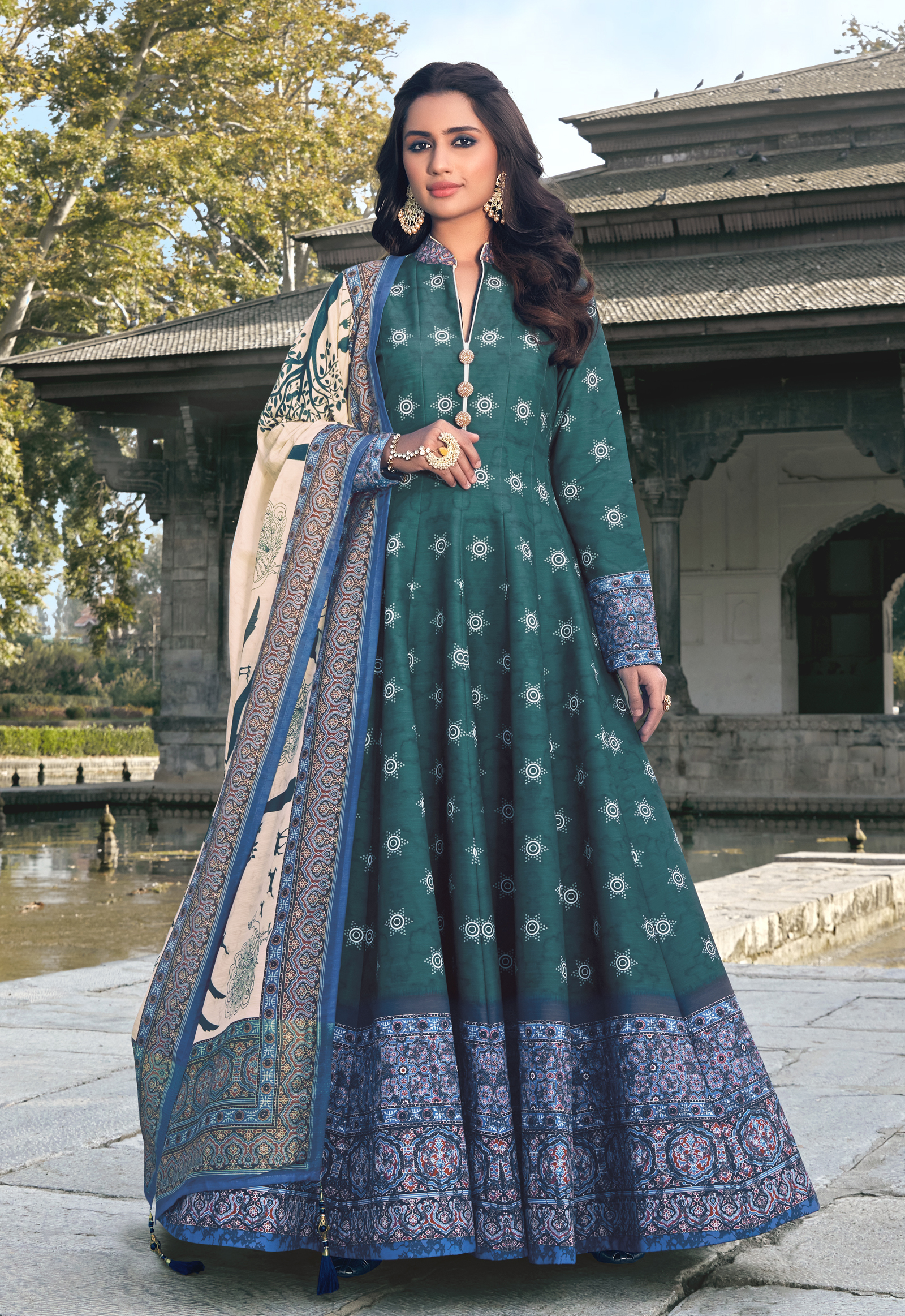 maxi dress with attached dupatta